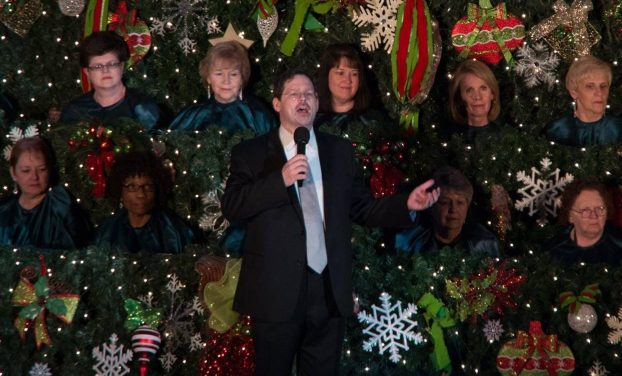 First Baptist taking its Christmas music service outside